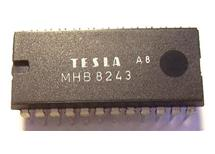 MHB8243  C-Mos  expandér 4bity na 16bitů Tesla  skladem