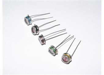 fotoodpor  WK 650 75 0,5-3,5 kohm při 100 lx  150V