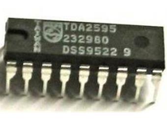 TDA2595  LIN-IC CTV horiz.synchronizace,oscilátor DIP18 obvod pro TV