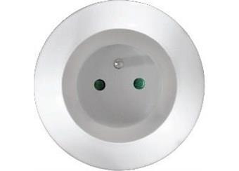 LED noční světélko se senzorem a průběžnou zásuvkou
