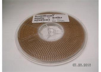 22nF 63V tantal SMD cena za 100 ks á  0,70 Kč